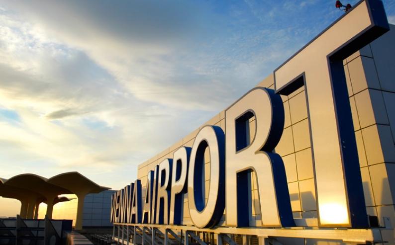 vienna airport sign