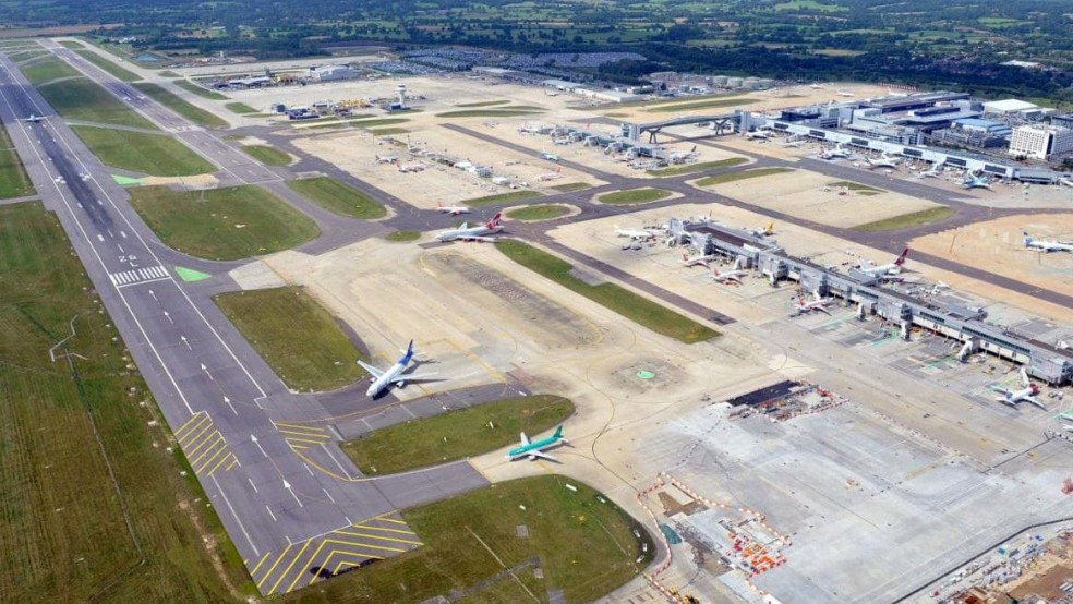 Gatwick Airport 3-Star Rating - Skytrax
